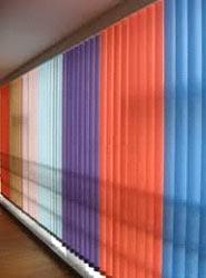 Вземете вертикални щори за дограма, от LineaPlast и се радвай на красотата в къщи.